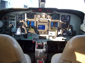 N71562 Dual Meggitt, Dual Garmin 530s and Avidyne FlightMax 750